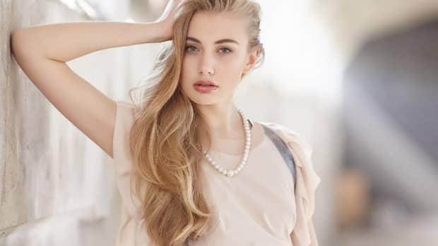 how-to-dye-hair-blonde