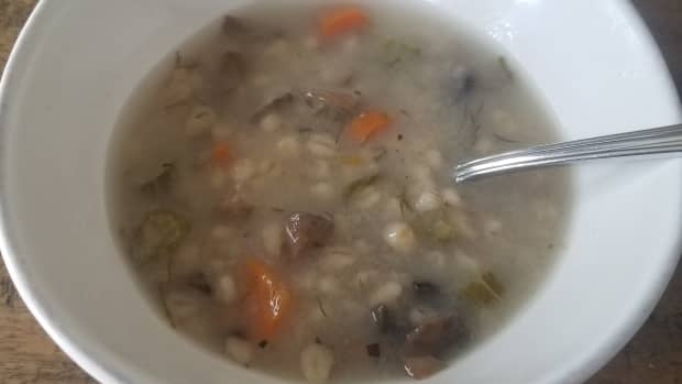 simple-and-delicious-mushroom-barley-soup