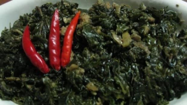 vegetarian-laing-filipino-style-creamed-taro-leaves