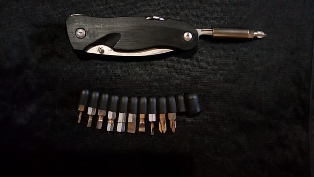 using-a-generic-bit-kit-on-a-leatherman-crater