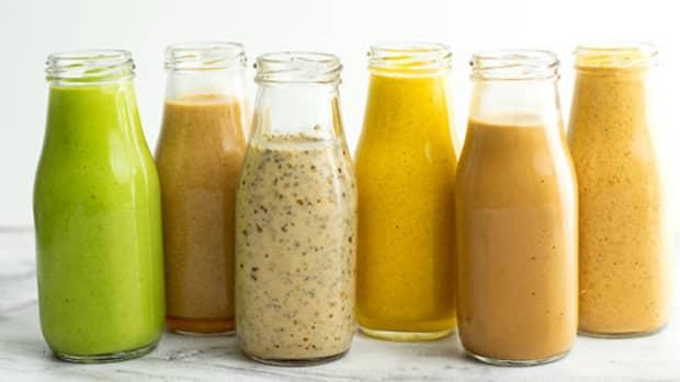 10-indianised-homemade-salad-dressings