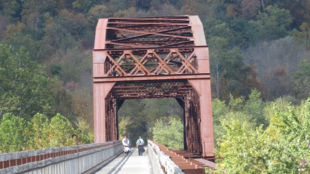 pedaling-across-the-allegheny-river-on-the-sandy-creek-trail