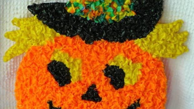 a-unique-halloween-and-christmas-decoration-popcorn-plastic