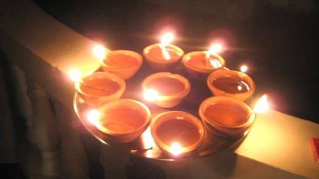 significance-importance-of-diya-earthern-lamps-in-hindu-festival-diwali