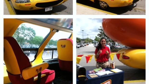 the-oscar-mayer-wienermobile-fun-for-kids-of-all-ages