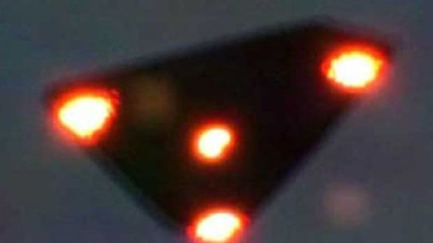 black-triangle-ufo-might-be-man-made