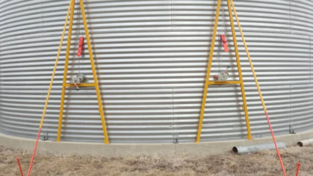 A-Frame Grain Bin Jacks