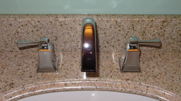 how-to-replace-bathroom-and-kithcen-taps
