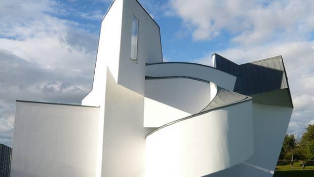 deconstructivism-in-architecture-5-beautiful-examples