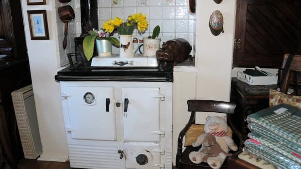 my-love-affair-with-a-cream-aga-stove