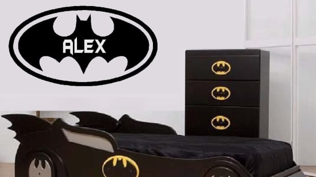 how-to-decorate-a-batman-themed-bedroom
