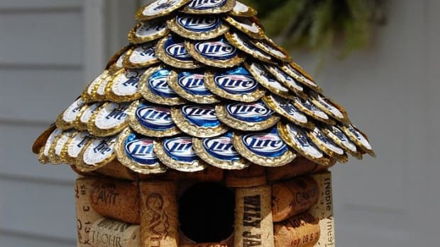 10-things-you-can-do-with-empty-beer-cans-or-bottles