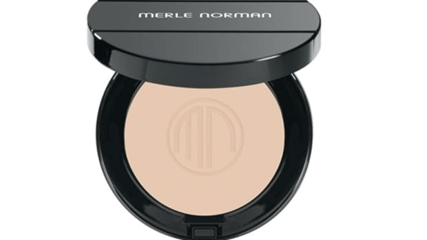 best-powder-foundations-for-oily-skin