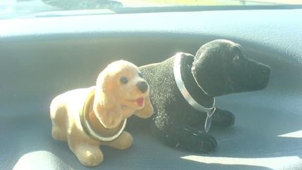 nodding-dogs