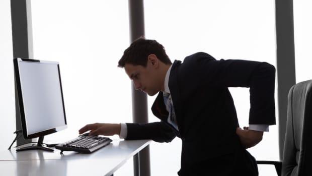 office-chair-hip-pain