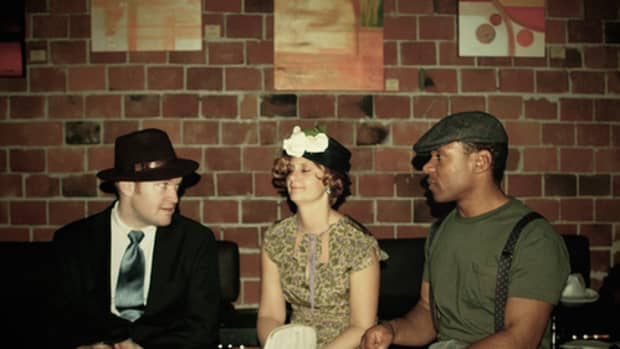 how-to-throw-a-1930s-theme-party
