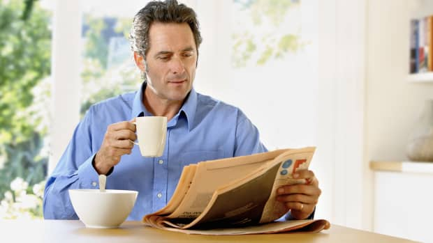 reading-newspaper-as-a-habit