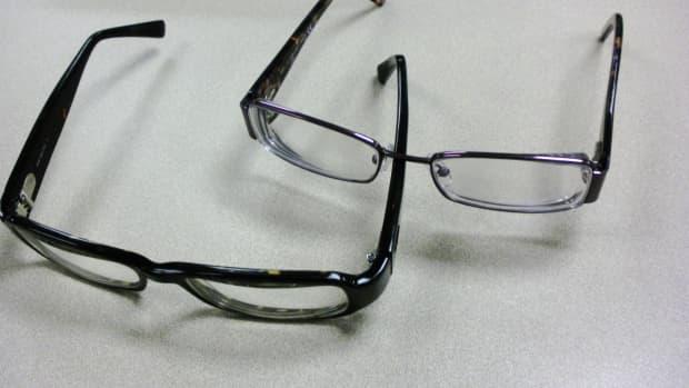 why-your-stylish-eyeglasses-are-dangerous