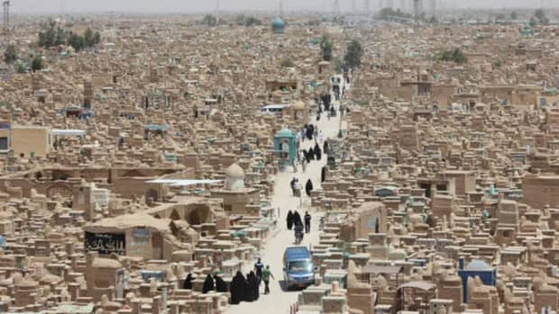 the-worlds-largest-cemetary