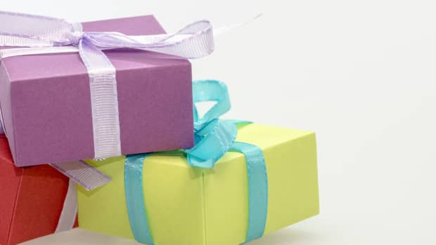 gifts-for-actors-how-to-give-the-actor-in-your-life-the-best-present