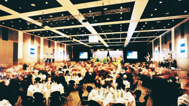 what-to-serve-at-a-gala-dinner