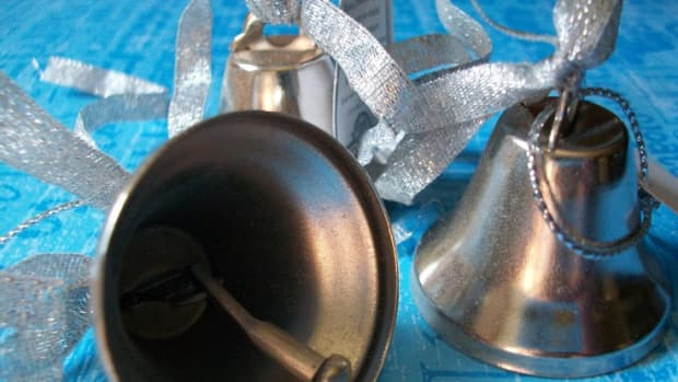 wedding-bells-wedding-good-luck-charms-and-traditions