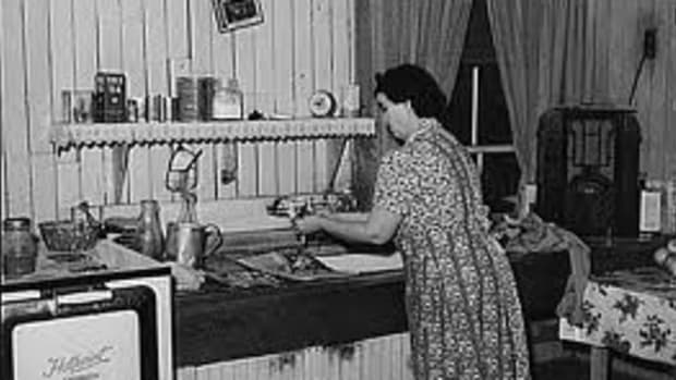 radio-homemakers-a-simpler-time