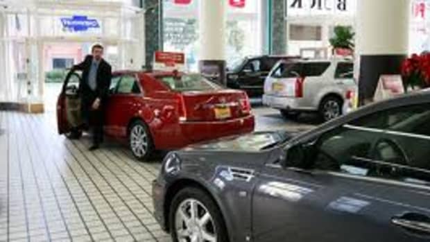 how-to-make-100-000-a-year-selling-cars