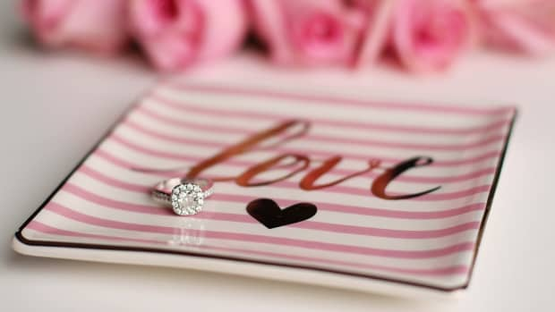 put-a-ring-on-it-10-reasons-why-engagement-rings-are-overrated