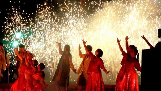 ten-countries-celebrate-hindus-diwali-festival-of-lights