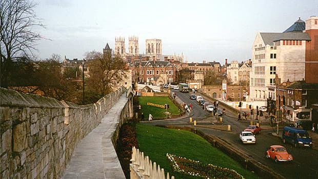 travel-north-58-another-side-of-york