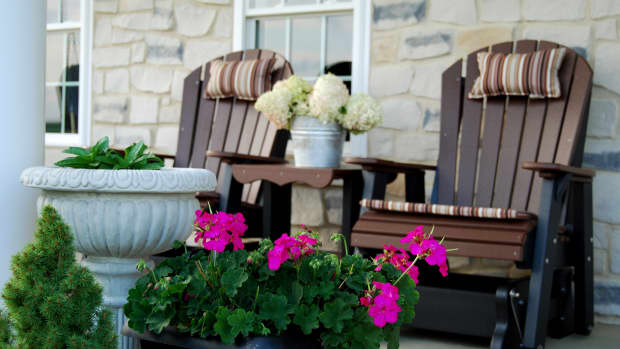 recycled-plastic-outdoor-furniture