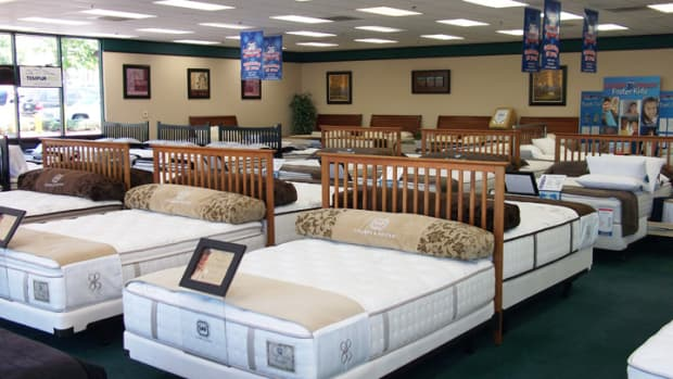 warnings-wisdom-on-buying-a-latex-mattress-by-a-mattress-sales-expert