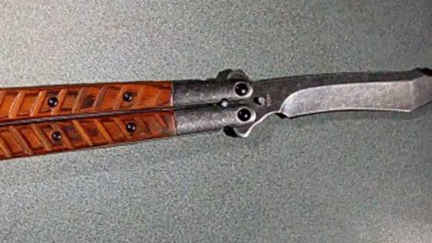 why-the-balisong-is-not-the-perfect-defensive-blade