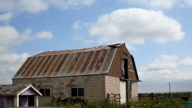 how-to-repair-a-partially-caved-in-barn-roof