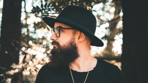 beard-wax-vs-beard-balm