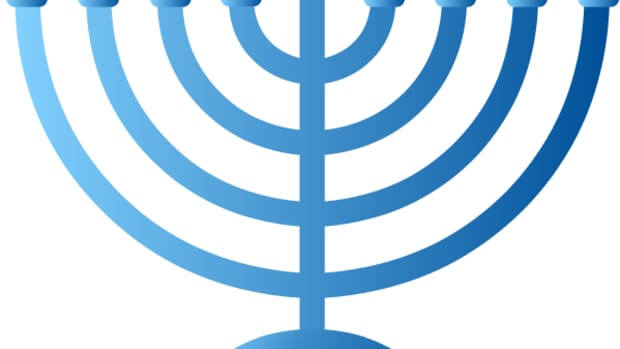 Please scroll down to see artwork to make your own Hanukkah (or Chanukah, if you prefer) cards