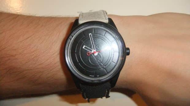 smile-qq-affordable-solar-watch