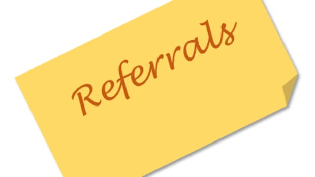 advantages-outweigh-disadvantages-of-referral-programs