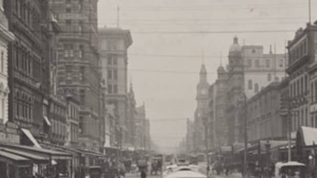 Squizzy Taylor grew up in the lanes and alleys of turn-of-the-century Melbourne. Photo tourism.vic.gov.au.