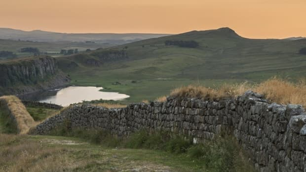travel-north-34-roman-remains-hadrians-wall-mile-forts-and-a-geological-plate