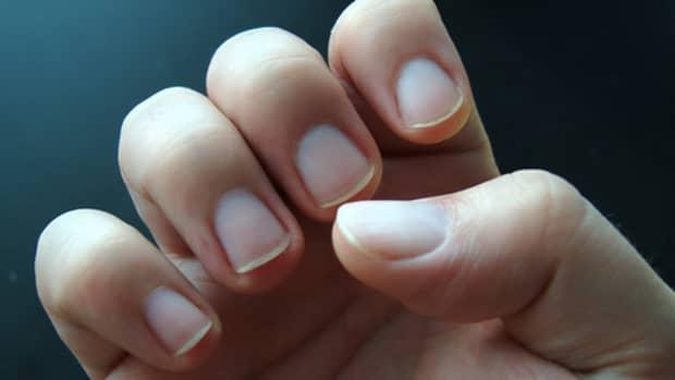 man-manicure