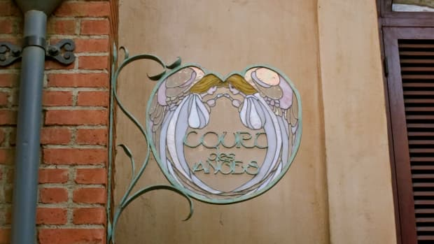 a-tribute-to-disneylands-court-of-angels