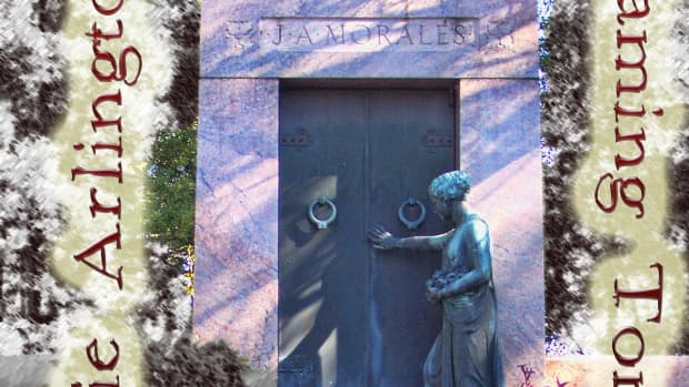 haunted-new-orleans-josie-arlingtons-flaming-tomb