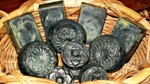 homemade-black-soap