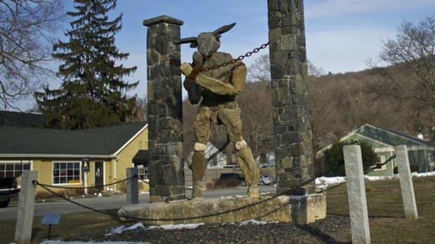 jaskolka-sculptures-defining-the-medium-of-big-art