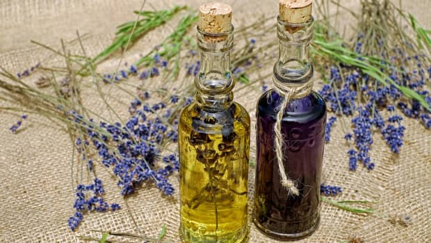 how-to-make-magickally-charged-herb-infused-anointing-oil