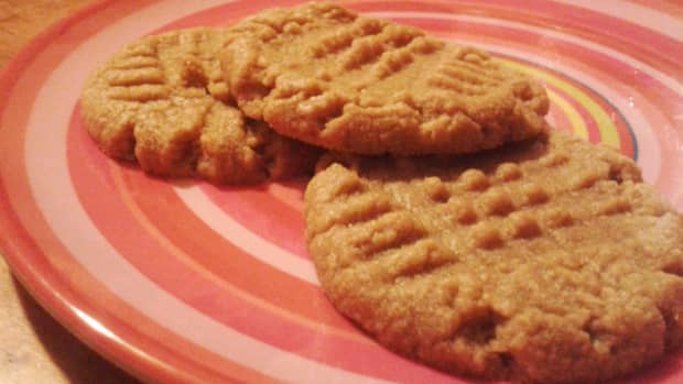 3-ingredient-gluten-free-peanut-butter-cookies