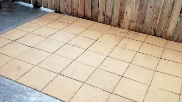 how-to-lay-concrete-paving-slabs-on-sand-to-make-a-patio-in-the-garden-walkway-path-slab