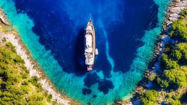 how-to-spot-a-premier-yacht-charter-company